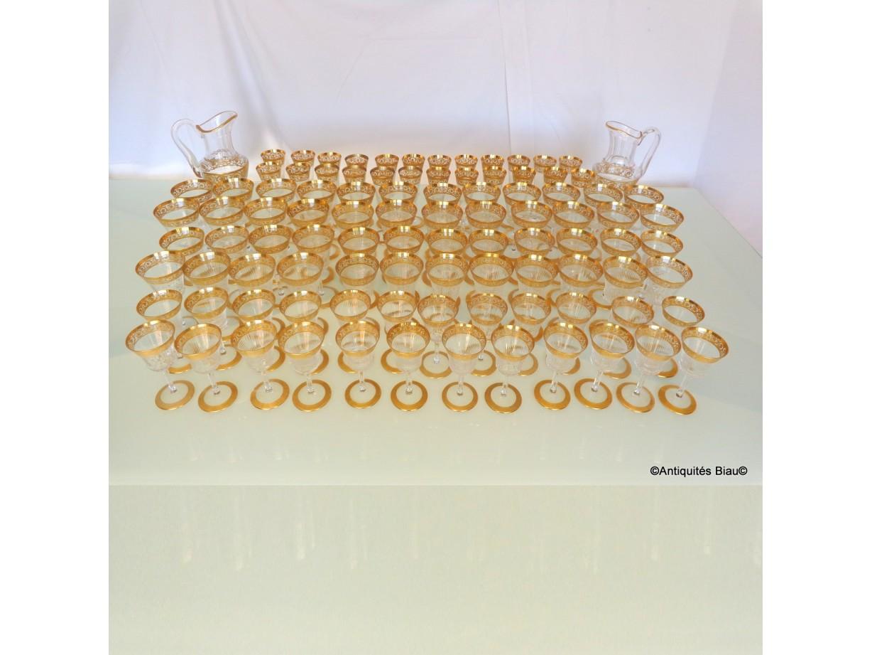 St Louis Thistle Or Cristal Service 96 verres, 2 brocs