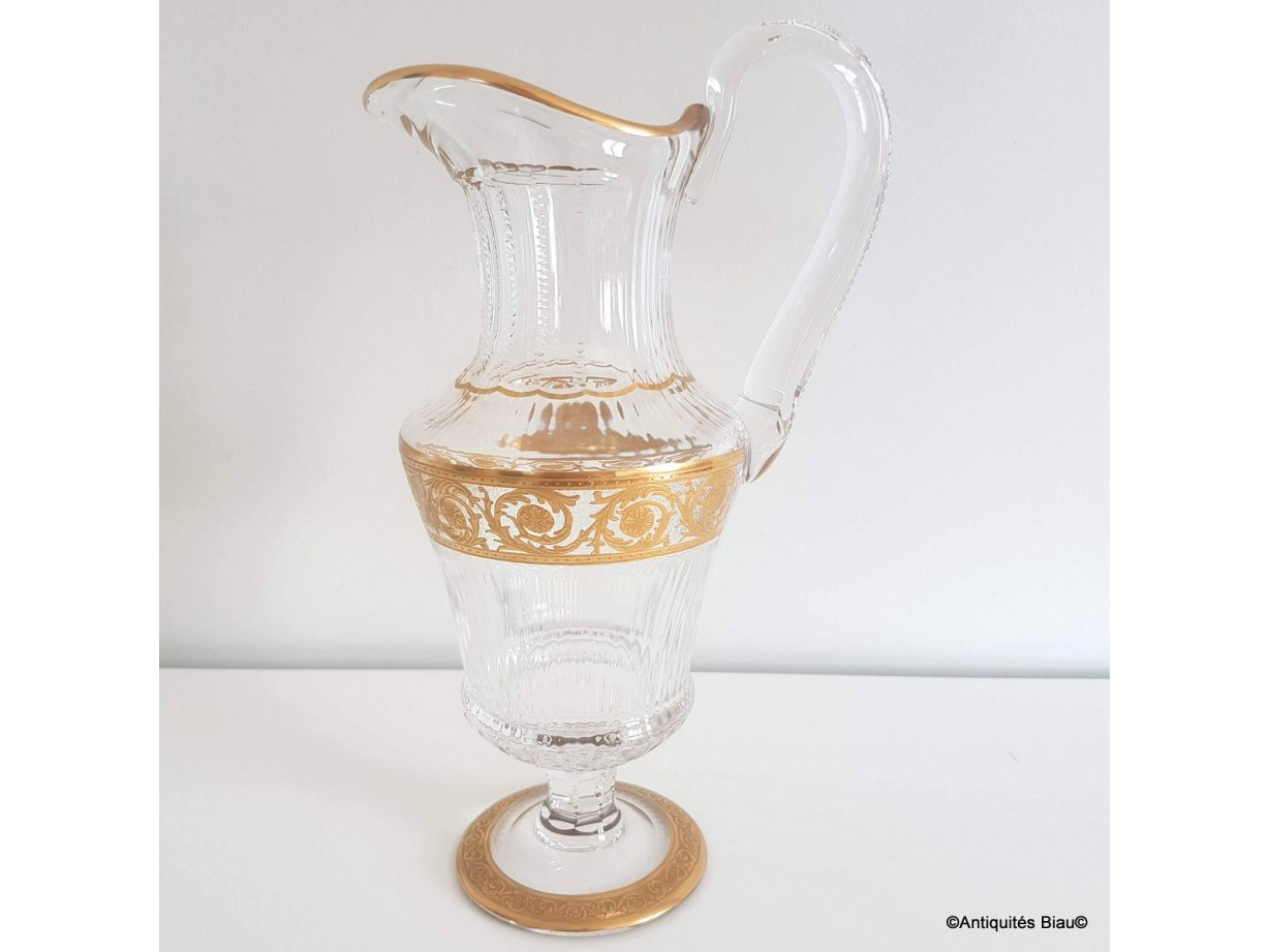 Water jugs in crystal St - Louis  Thistle gold